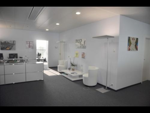 Chemin des Papillons Office images