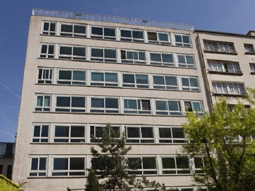 Avenue Charles de Gaulle Office Space