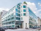 rue de l'universite Office Space