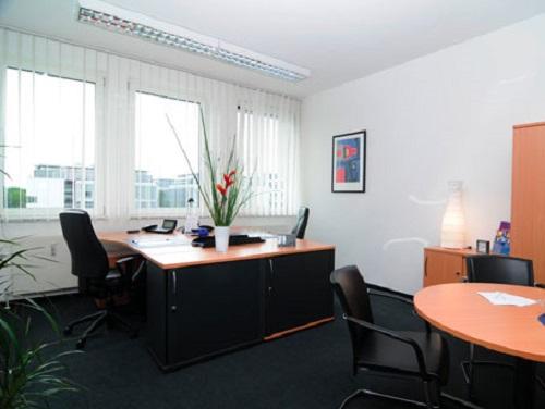 Feringastrasse Office images