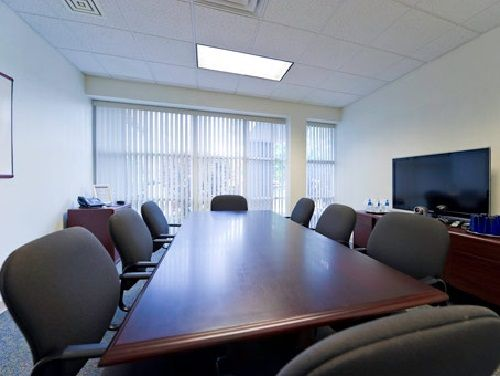 300 International Dr Office images