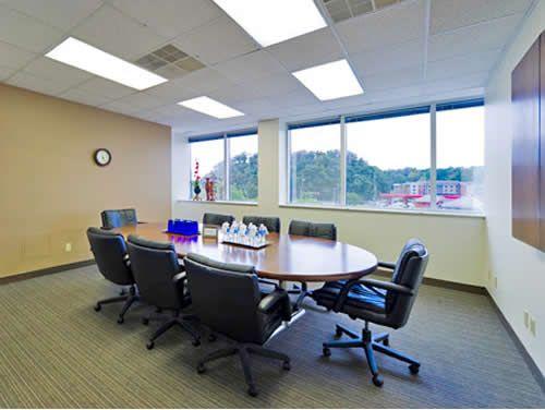 Penn Center Blvd Office images