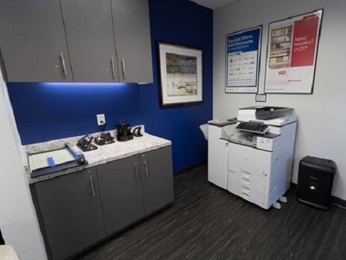 River Place Blvd Office images