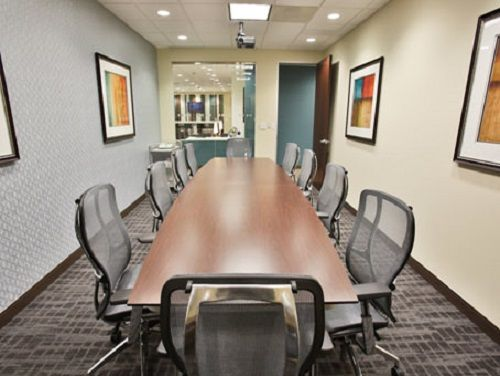 N W Briarcliff Pkwy Office images