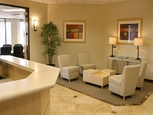 High Bluff Dr Office images
