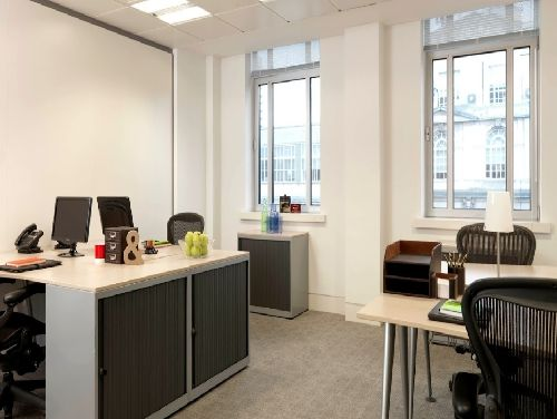 Bloomsbury Square Office images