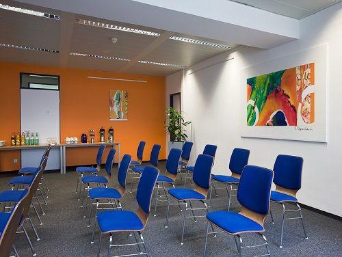 Rupert-Mayer-Straße Office images