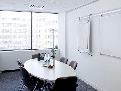 Lyric Square Office images
