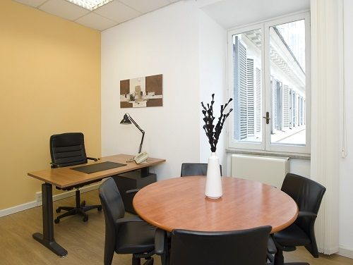 Piazza del Popolo Office images