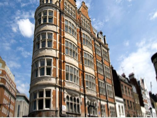 Executive offices London Mayfair Point exterior