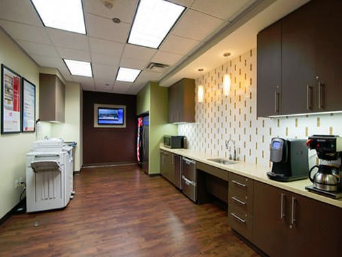 Lee Pkwy Office images