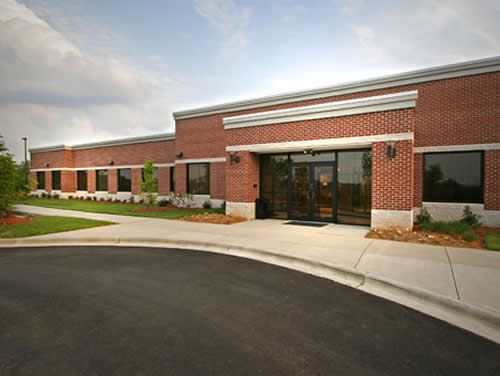 Glenlake Pkwy Office images