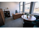 hub26 Large Office Suite with Breakout