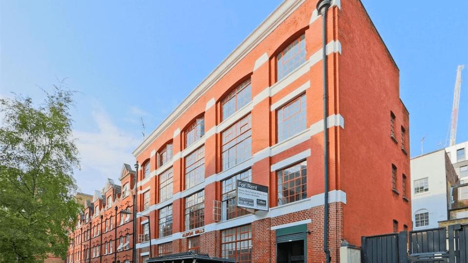East Tenter Street